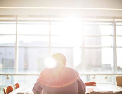TST reconheceu como não lesiva a modificação de turno de trabalho de empregado, de noturno para diurno